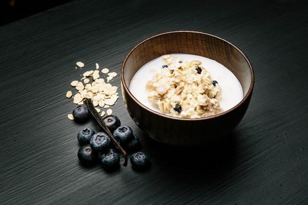 Real Field Meal Light Meal Vanillemüsli mit Blaubeeren