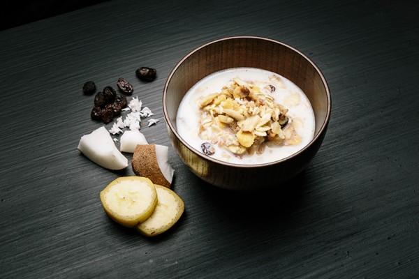 Real Field Meal Light Meal Frühstück mit Obst